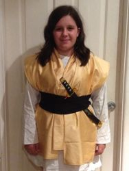 Quick costume samurai - using found shirts, plastic katana, and 60cm of fabric.